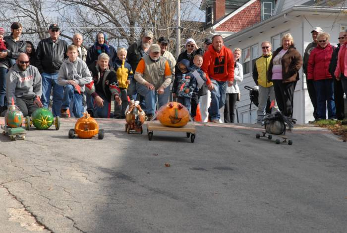 Mt Carroll Pumpkin Street Drags